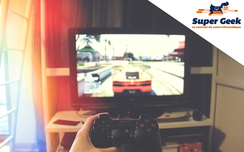 manette de jeu vidéo devant écran