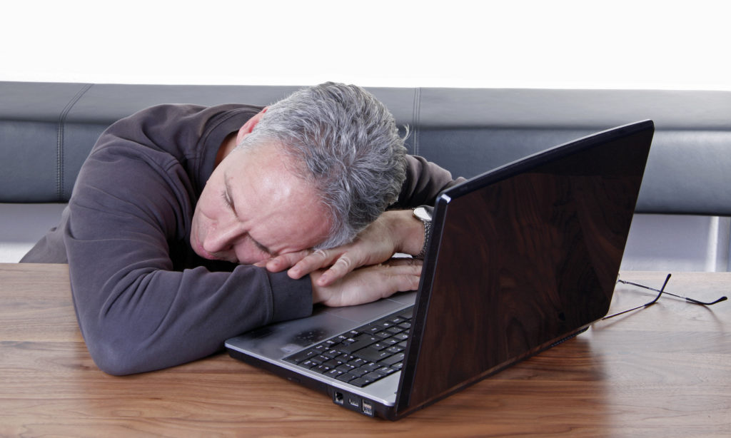 Endormi sur ordinateur
